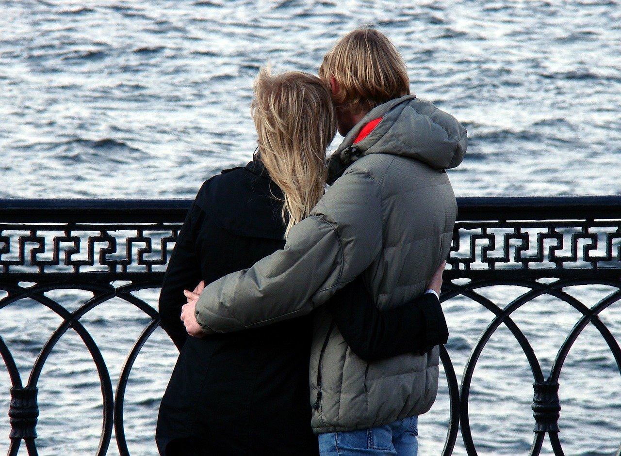 Mediation vs. Klaerungshilfe - couple-Bild von Tatyana Kazakova auf Pixabay